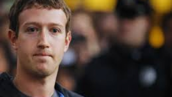 Mark Zuckerberg nominate Bill Gates for ice bucket challenge after soaking himself